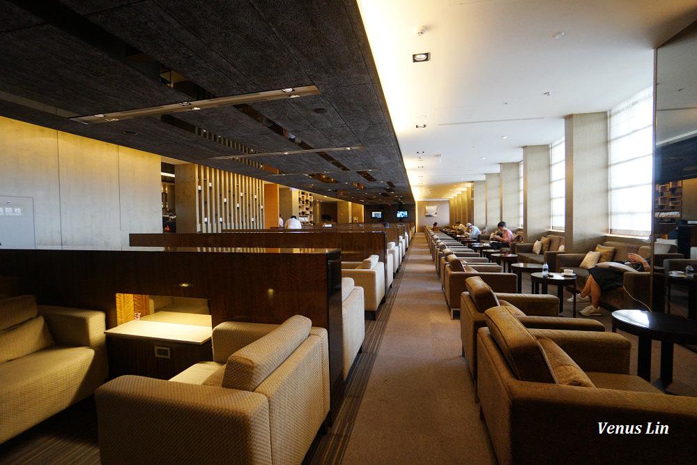 中華航空松山機場貴賓室,早餐時段食物不多,無現煮熱食