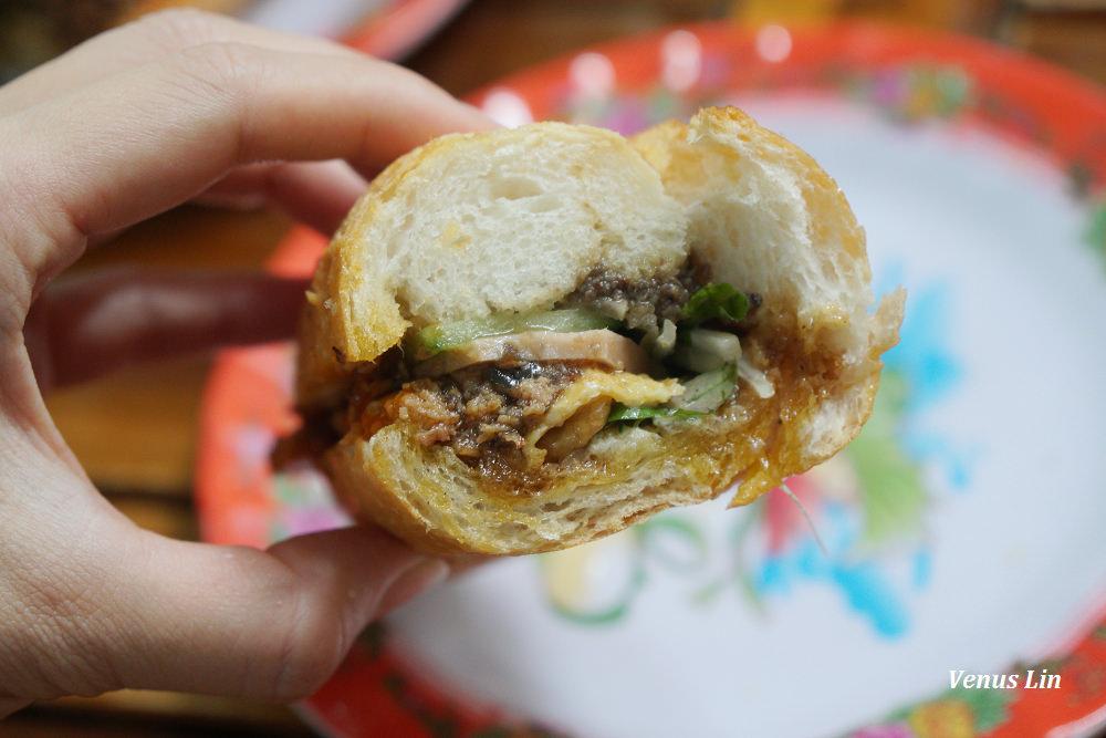 會安美食,會安小吃,會安法國麵包,Madam Khanh The Banh Mi Queen