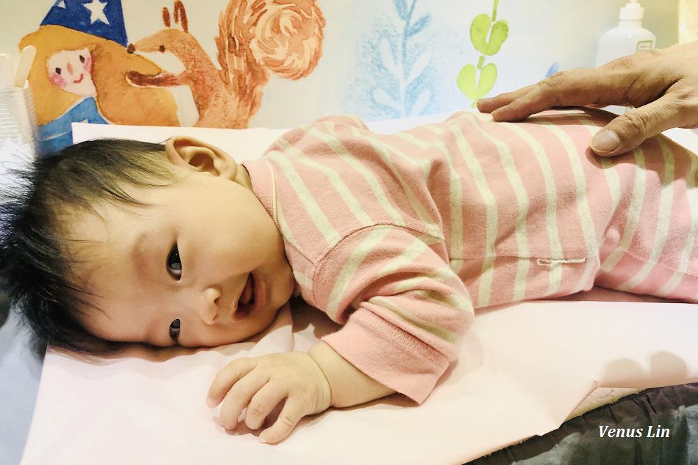 育兒|3M10D,難搞的對磨疹,菲菲開始練習趴姿跟抬頭