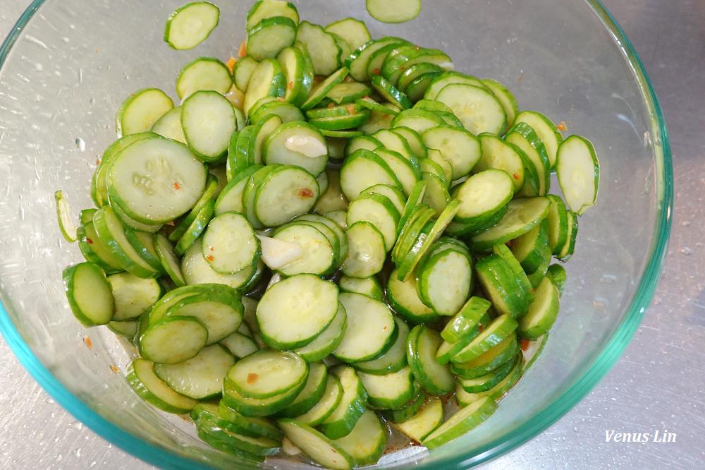 5分鐘做好涼拌小黃瓜,夏天冰箱裡的常備小菜