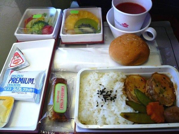 【飛機餐】東京→台北 華航飛機餐