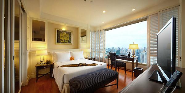 21 Grand Centre Point Hotel.jpg