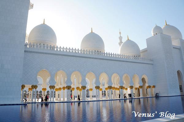 【阿布達比必遊】Sheikh Zayed Grand Mosque 謝赫札耶德大清真寺 – 全世界最奢華的清真寺