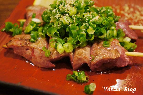 【大阪美食推薦】鬥雞次郎 – 美味的日式燒鳥 、雞肉&內臟刺身