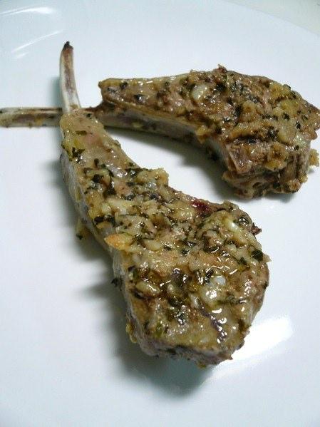 【廚房】蒜香烤羊排